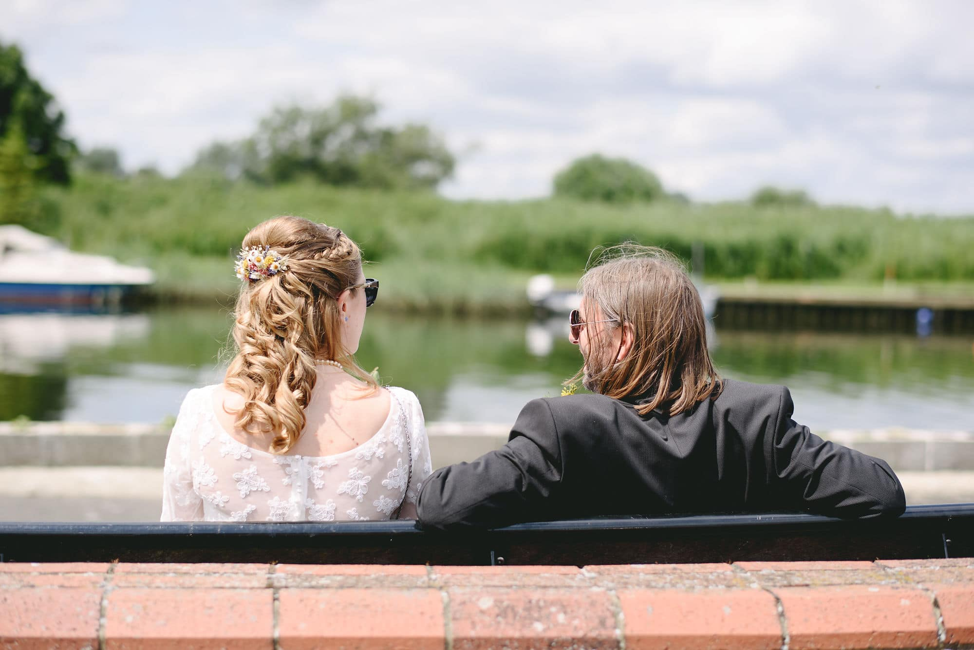 geldeston-locks-norfolk-wedding-7
