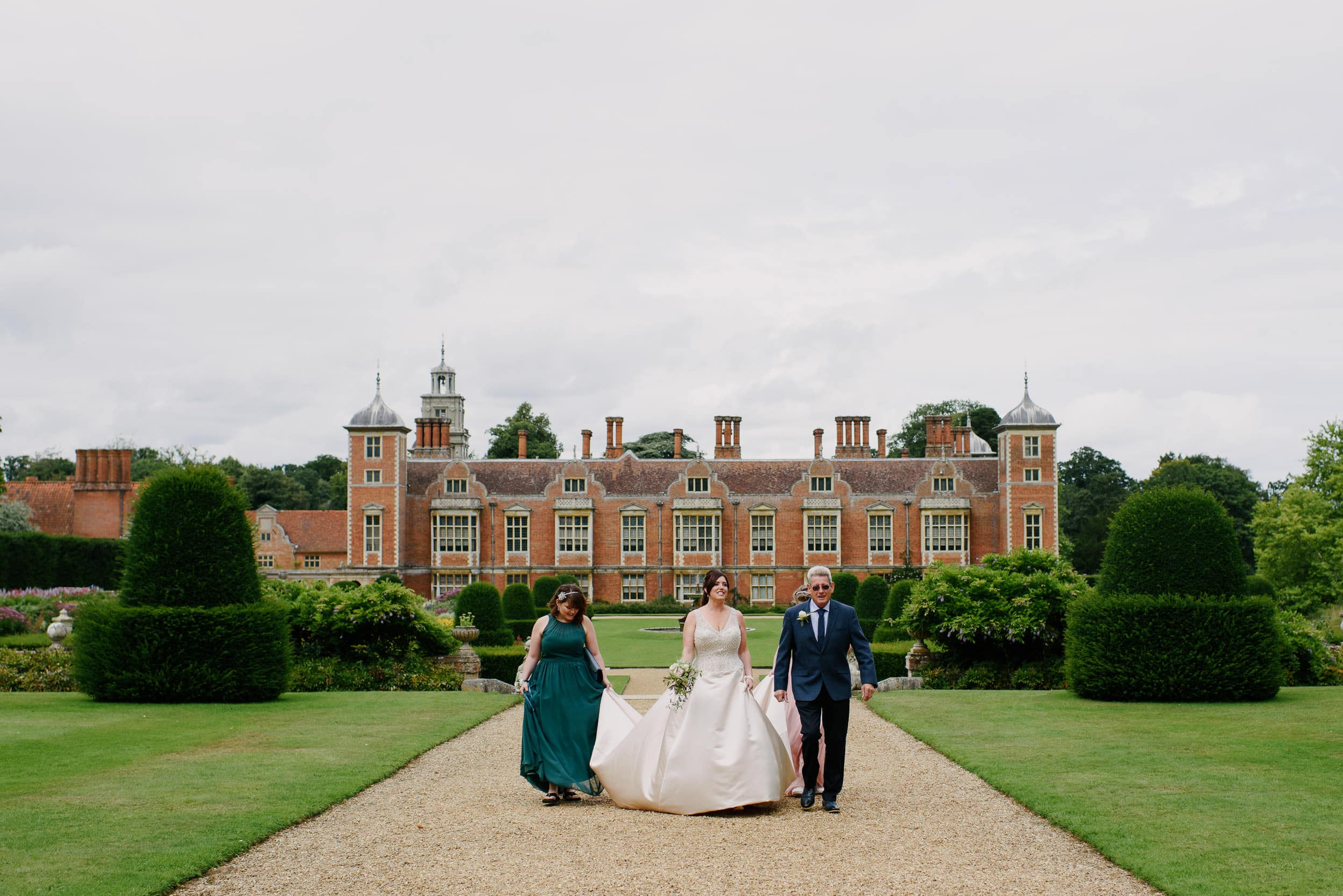 Suzy & Mike - Blickling Hall Wedding 11